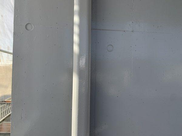 付帯部(クーラーホースカバー)の上塗り2回目塗装作業完了
