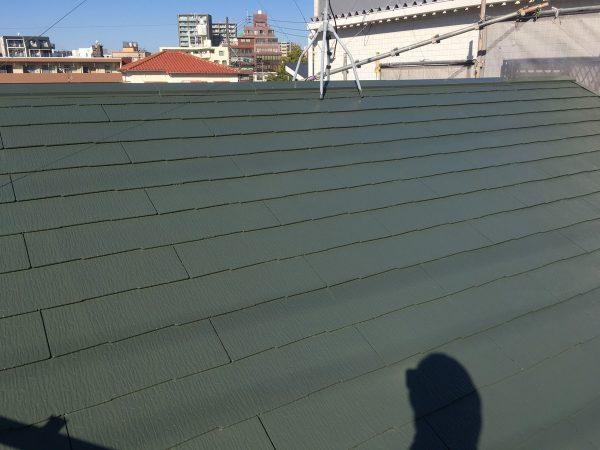 屋根の上塗り1回目塗装作業完了