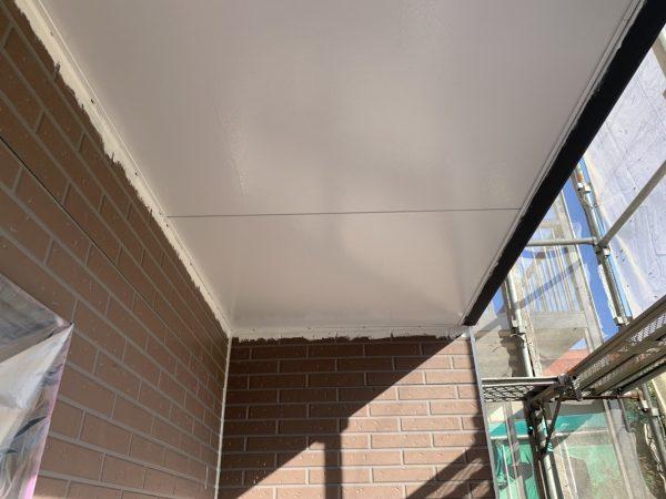 軒天井の塗装作業完了