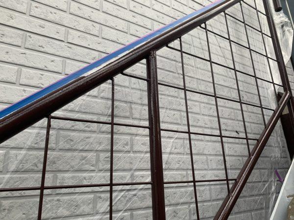 鉄階段の上塗り2回目塗装作業完了