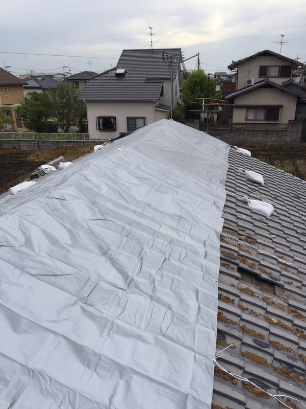 熊本市 熊本地震災害 ブルーシート張り作業サムネイル