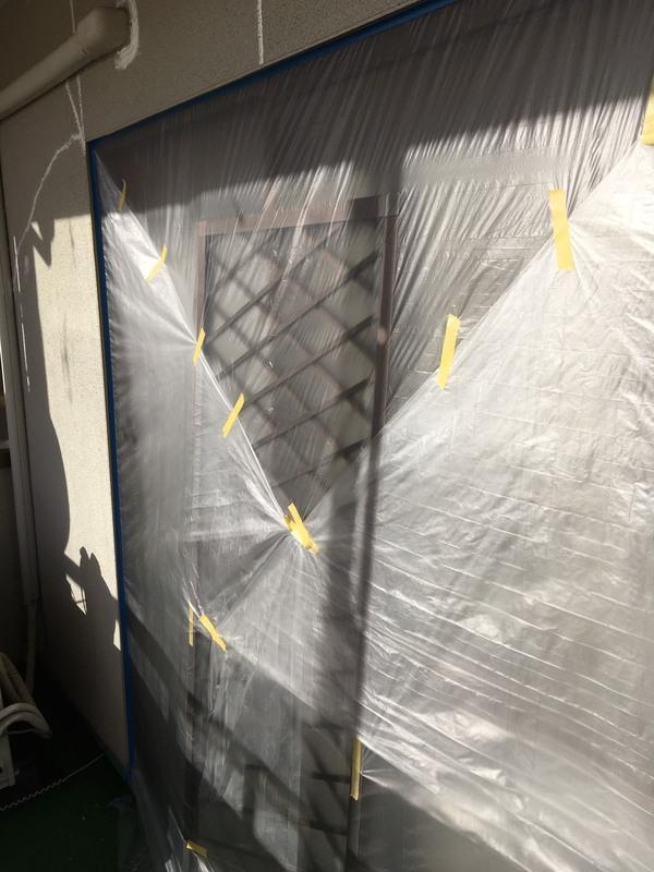 益城町広崎Y様邸外壁塗装工事 養生及びクラック処理サムネイル