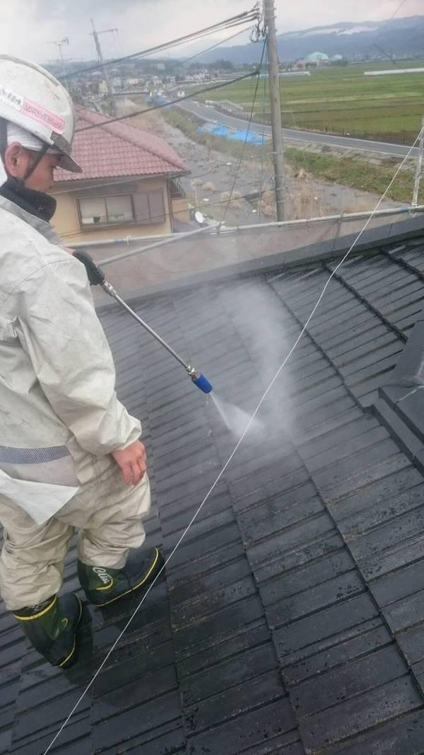 益城町  D様邸    屋根の高圧洗浄サムネイル