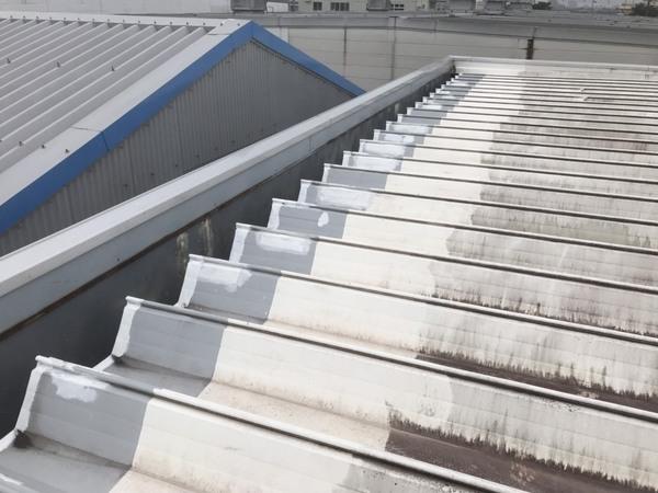 上益城郡益城町 フクワ物流様折半屋根塗装工事サムネイル