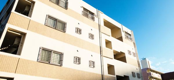 外壁や屋根の塗装工事とは?施工事例をご紹介サムネイル